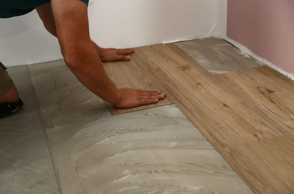 10 Steps to Install Vinyl Plank Flooring On Concrete