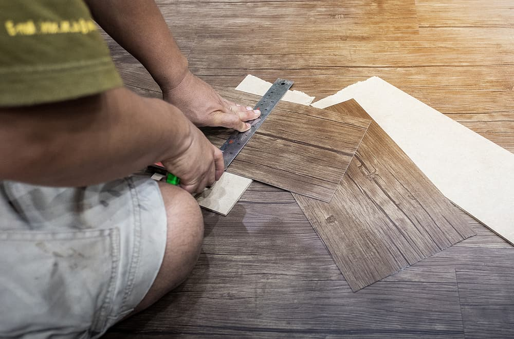 11 Steps to Install Floating Vinyl Plank Flooring In a Bathroom