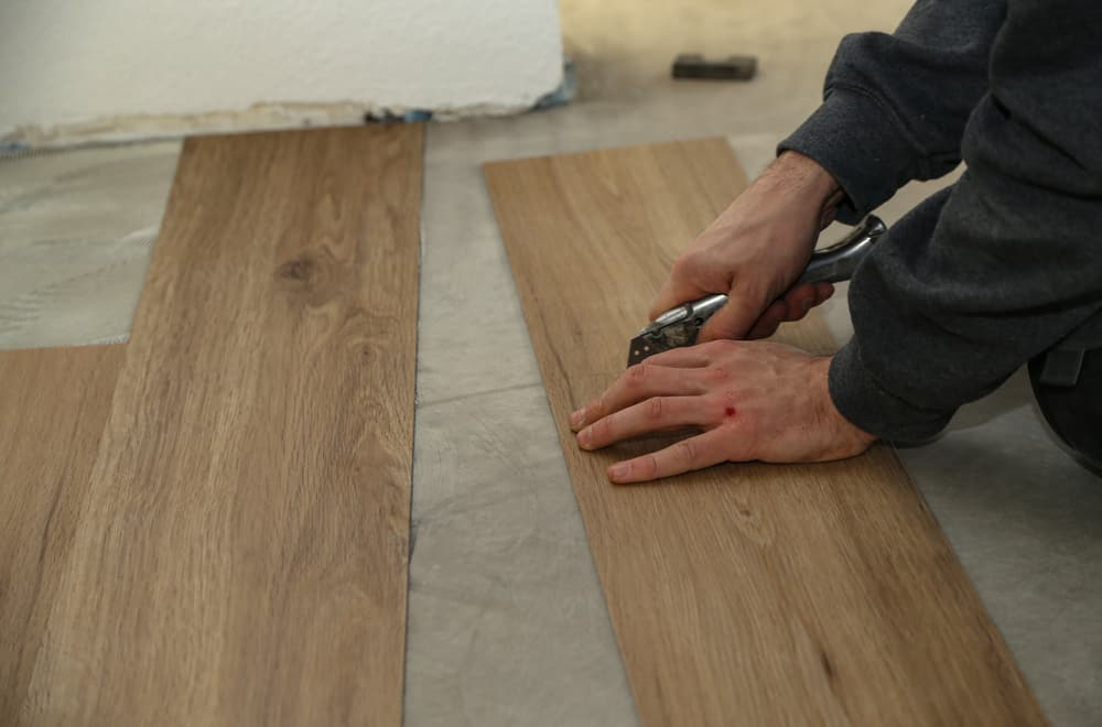 7 Steps to Cut Vinyl Plank Flooring