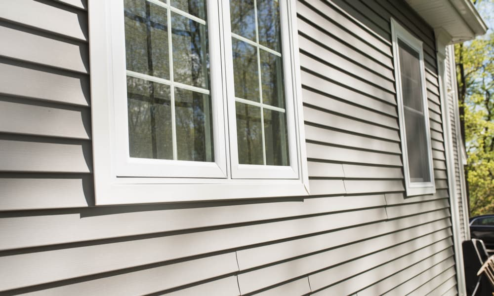9 Steps to Install a New Window In a House With Vinyl Siding
