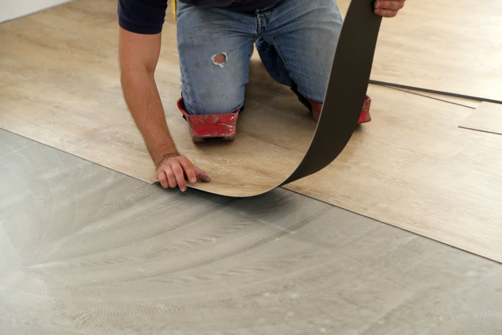 How to fix problems with vinyl plank flooring
