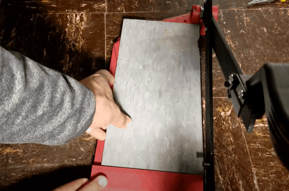 Place the Tile on The Cutter