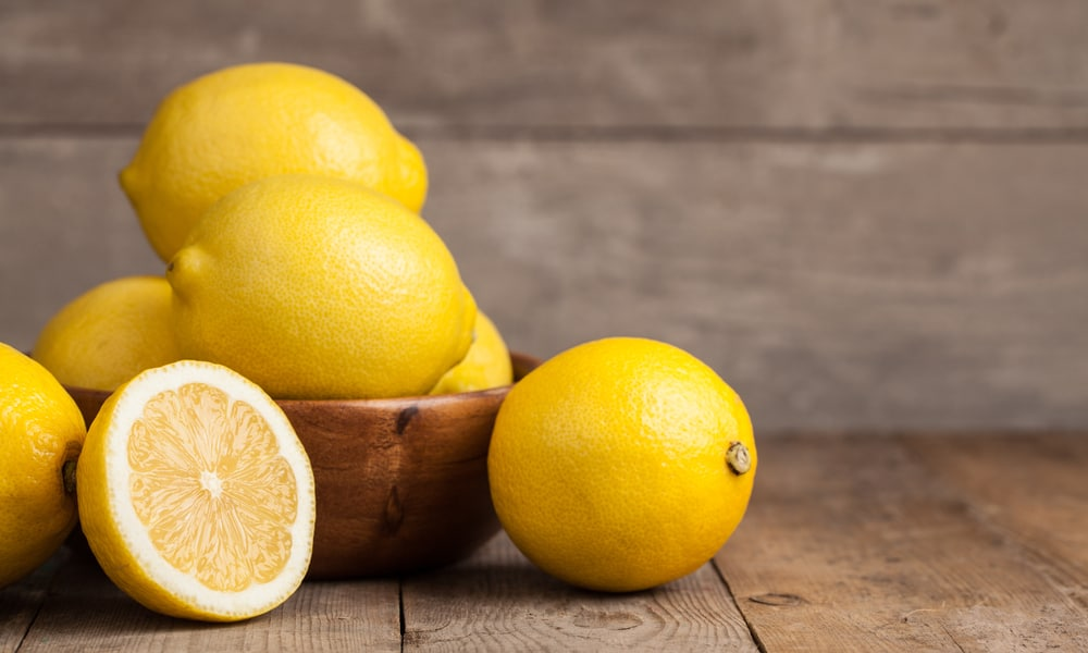 Use a lemon to tackle discoloration
