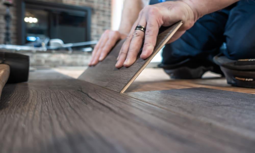 What Is Engineered Vinyl Flooring (Pros & Cons)