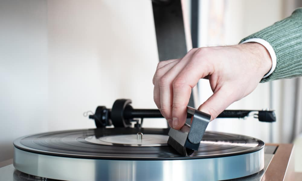 4 Easy & Affordable Ways to Clean Vinyl Records Without Damaging