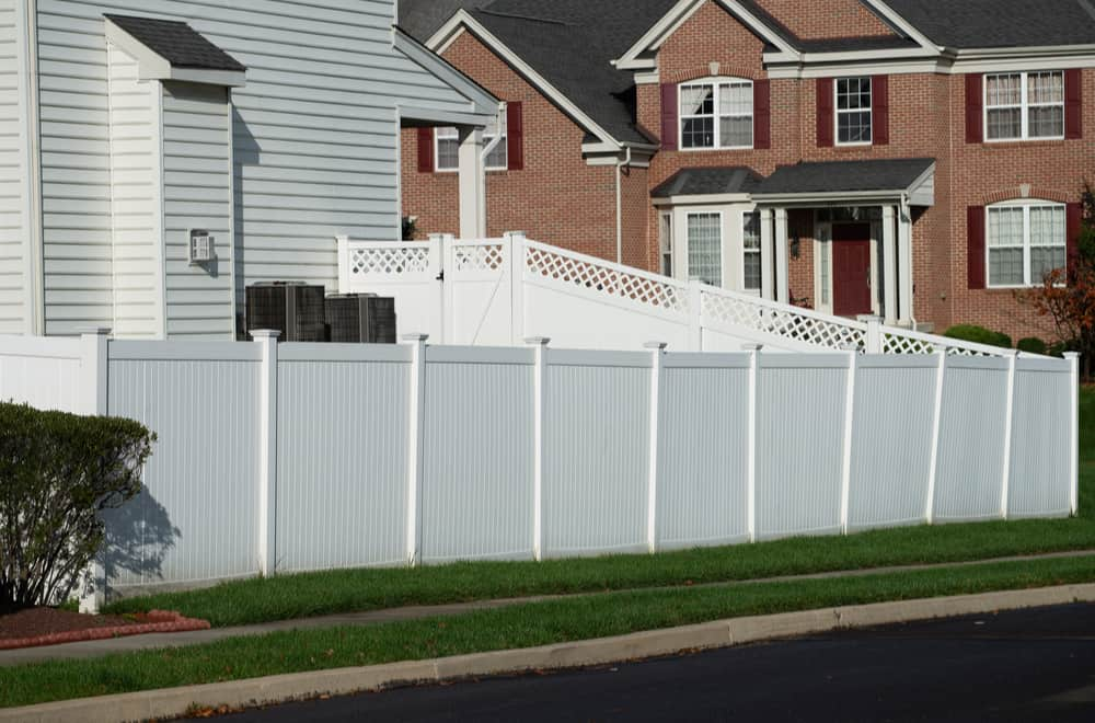 PVC Fencing Pros and Cons