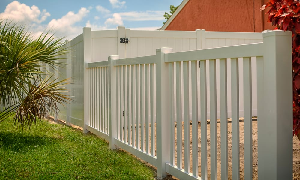 PVC Vinyl Fence Reviews Is It Worth Installing
