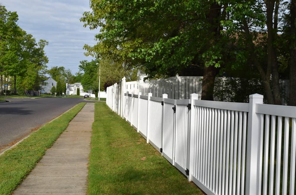 Replacing a Broken Vinyl Fence Post
