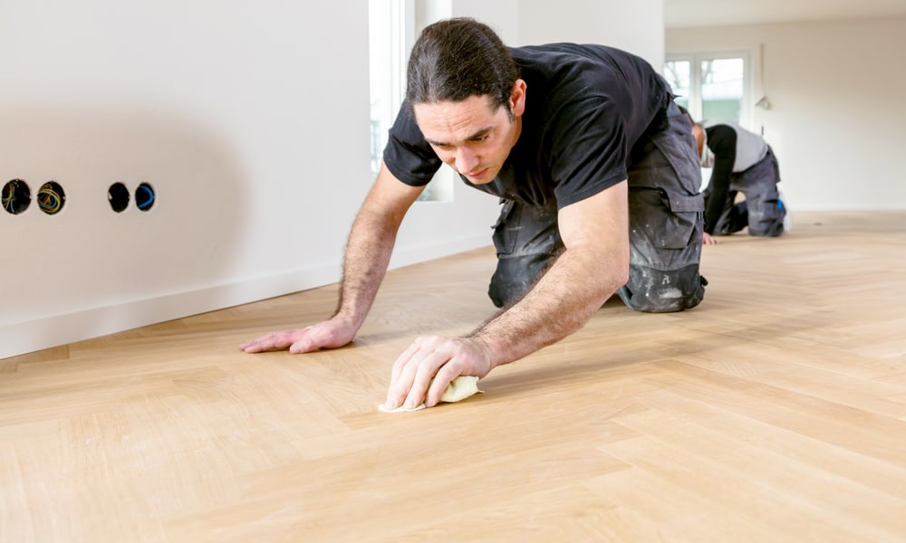 3 Ways to Remove Glue or Adhesive from Vinyl Flooring After Installation