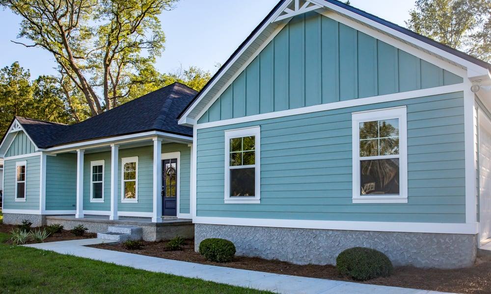 33 Blue Vinyl Siding House Ideas