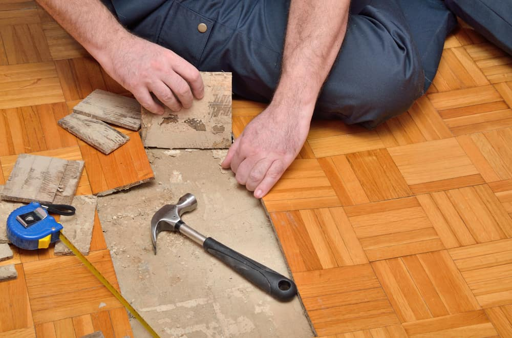 Additional Tips for Removing Glued Down Linoleum or Vinyl From a Wood Floor