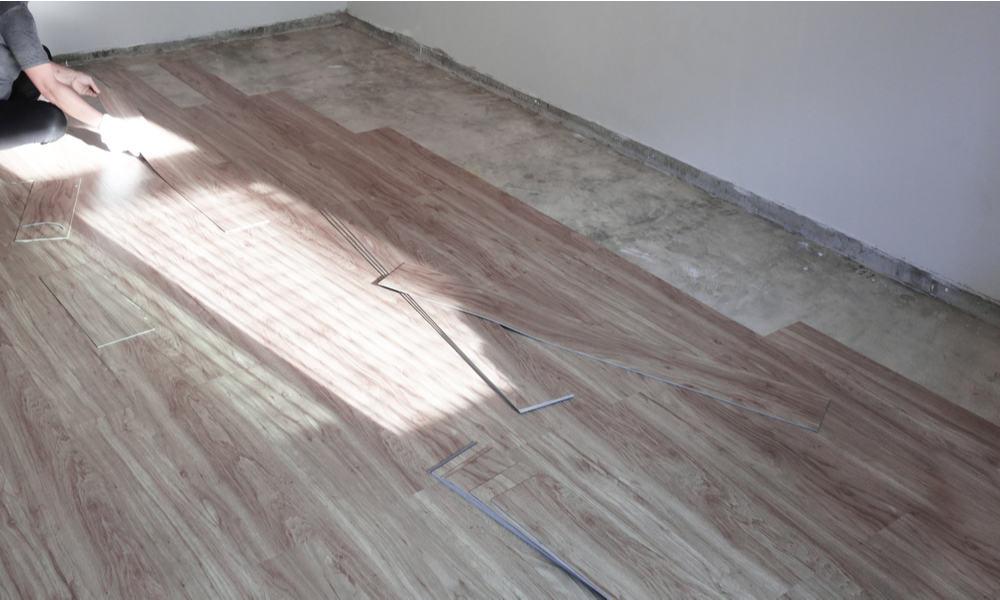 Is Vinyl Plank Flooring Worth Your Money (Pros & Cons)