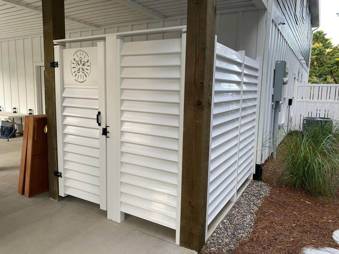 Outdoor Shower Fence