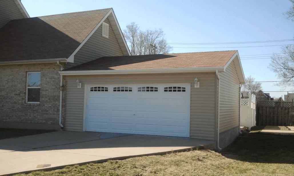 Ranch Style Garage