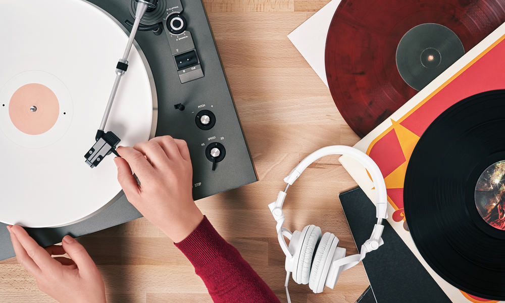 How Does a Vinyl Record Work