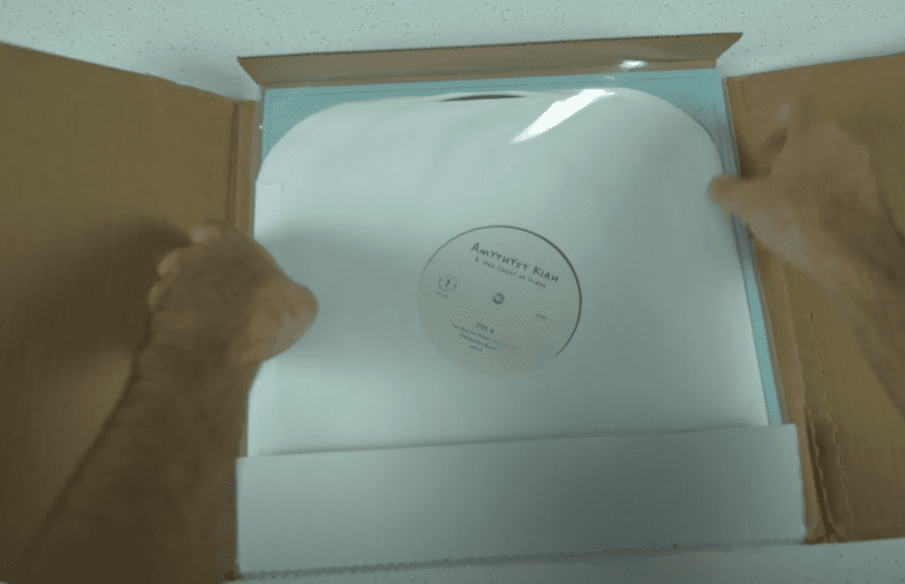 Place the record in a cardboard mailer