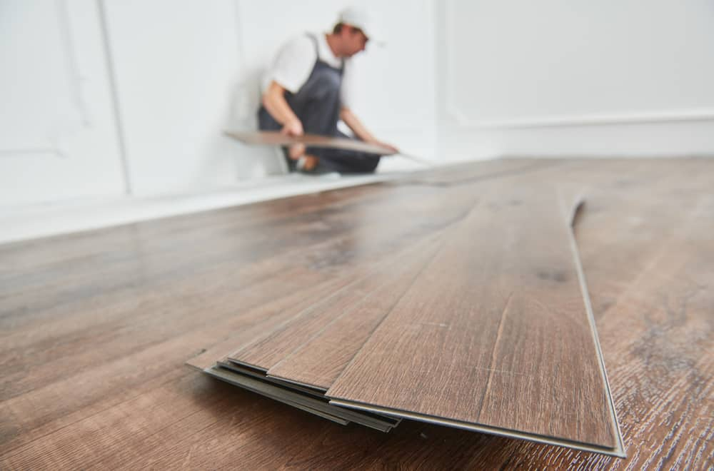 What are the advantages of click vinyl plank flooring