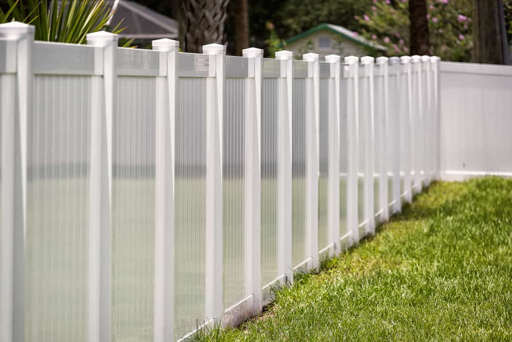 vinyl fence mounting bracket